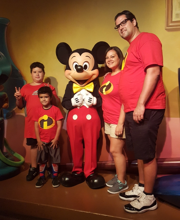 salas_family_disney