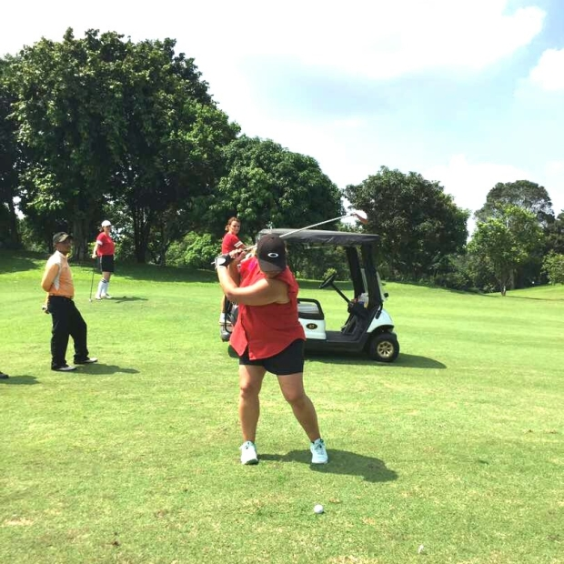 rosie_golf